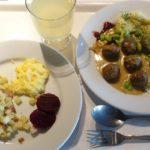 IKEA(イケア)立川のレストランで北欧の雰囲気を楽しんでみる。スタイリッシュな空間、料理は美味しくしかも安い。