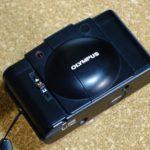 オリンパスXA2。10年ほど前にジャンクで購入してそのまま放置、初めてフィルムを入れて撮ってみました。